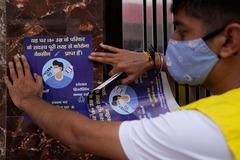 Ấn Độ mở nhạc, chiếu phim mừng cán mốc tiêm 1 tỷ liều vắc xin Covid-19