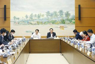 Quốc hội bàn cơ chế đặc thù phát triển mạnh mẽ 4 tỉnh, thành