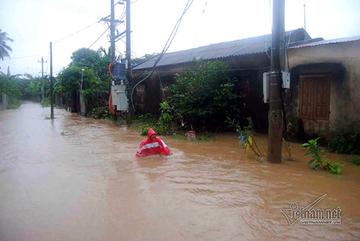Biển Đông khả năng sắp đón bão, miền Trung đối mặt nguy cơ lũ quét