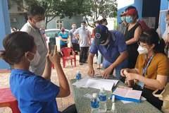 TP.HCM điều tra việc phát nhầm tiền hỗ trợ hơn 700 người tại Hóc Môn