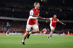 Arsenal xuất sắc đè bẹp Aston Villa