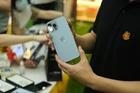 Đầu cơ iPhone 13 chính hãng thu lời 2-5 triệu đồng/máy