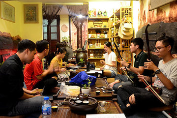Traditional arts in the hearts of young people