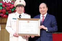 Chủ tịch nước trao Huân chương Chiến công hạng Nhất cho Học viện An ninh nhân dân