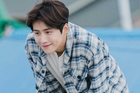 Kim Seon Ho 'Điệu cha cha làng biển': 'Phải đối mặt với nỗi đau bằng cái đầu lạnh'